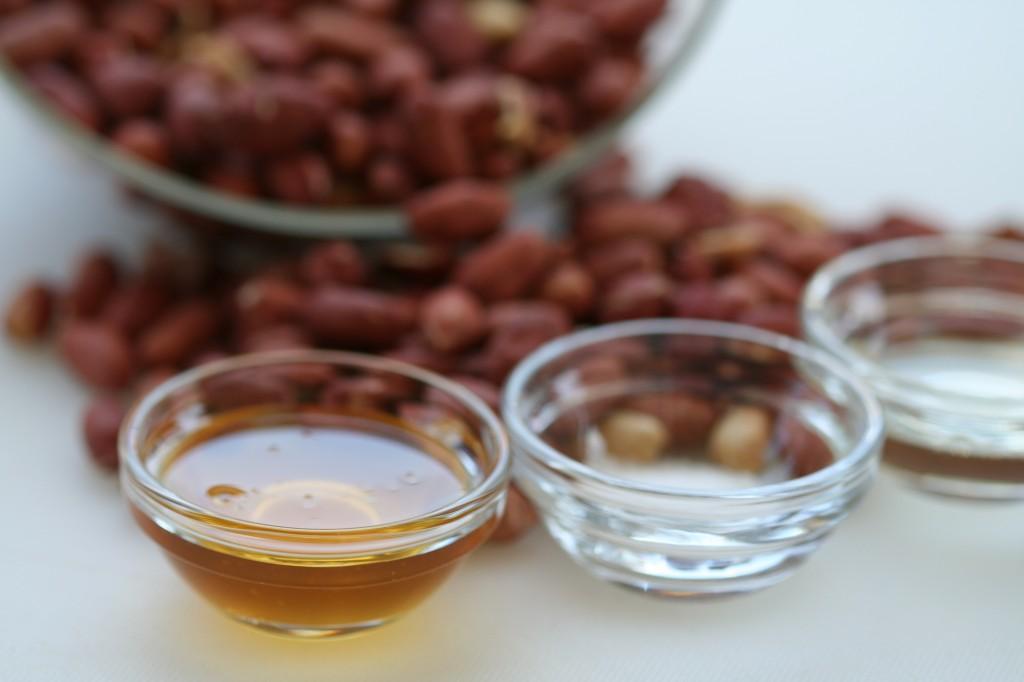 בוטנים, דבש, שמן וקצת מלח: כל המצרכים בדרך לחמאת בוטנים ביתית